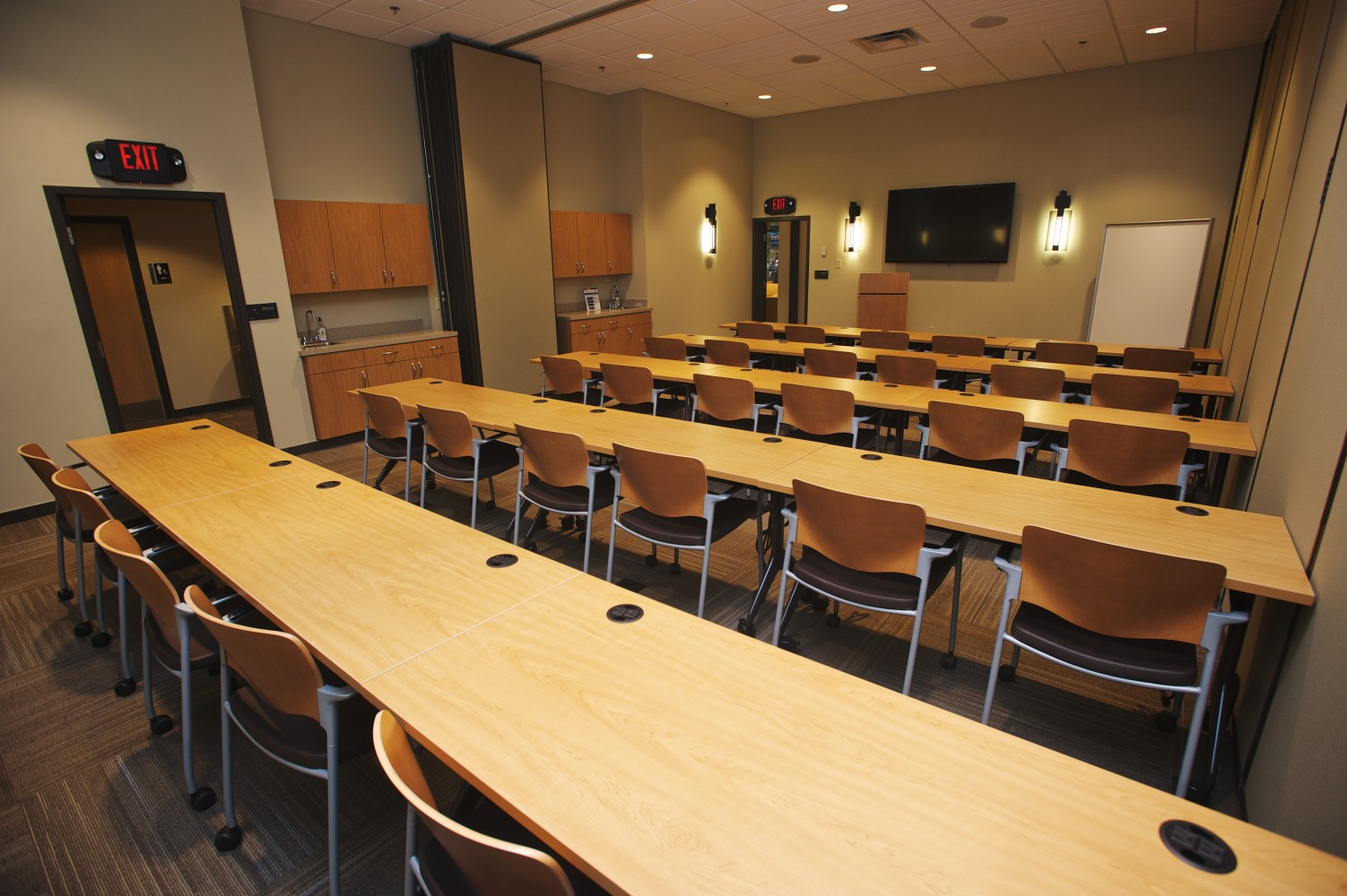 Classroom space for rent in Brentwood, TN at Envision, for meeting space, large and small event space and corporate training rooms, call today!